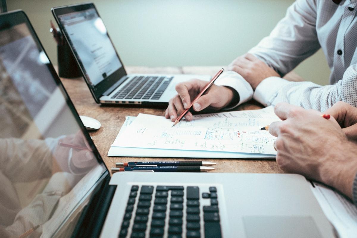 Investition in Kopfarbeit – Arbeit an schlankeren Prozessen